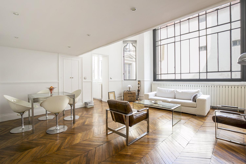 Apartment Paris rue de Rochechouart
