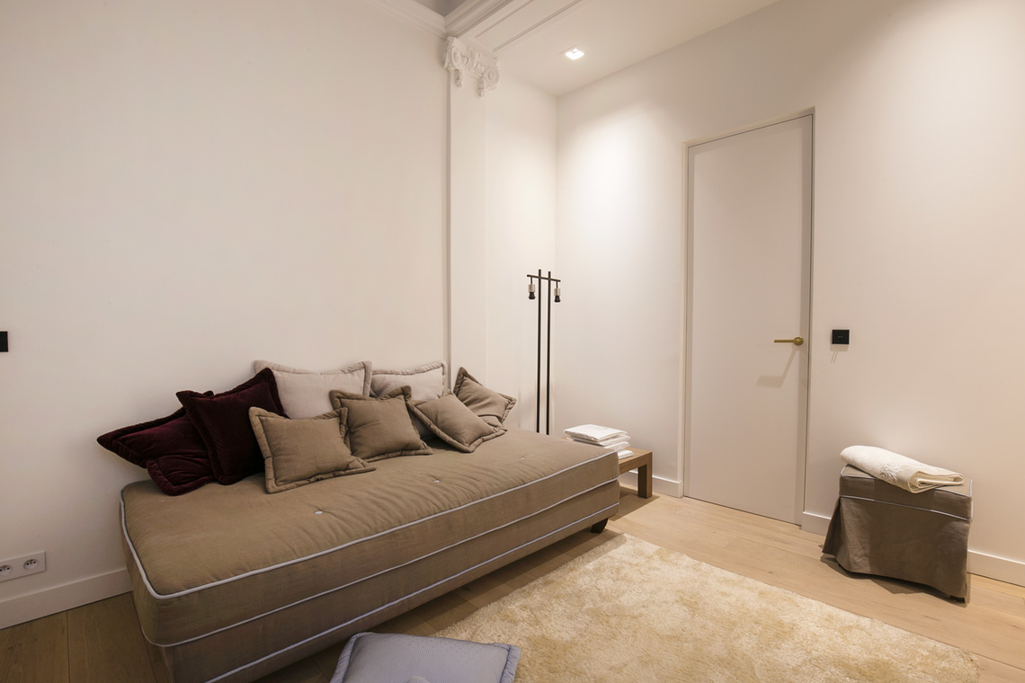 Apartment Paris Boulevard Saint Germain 19