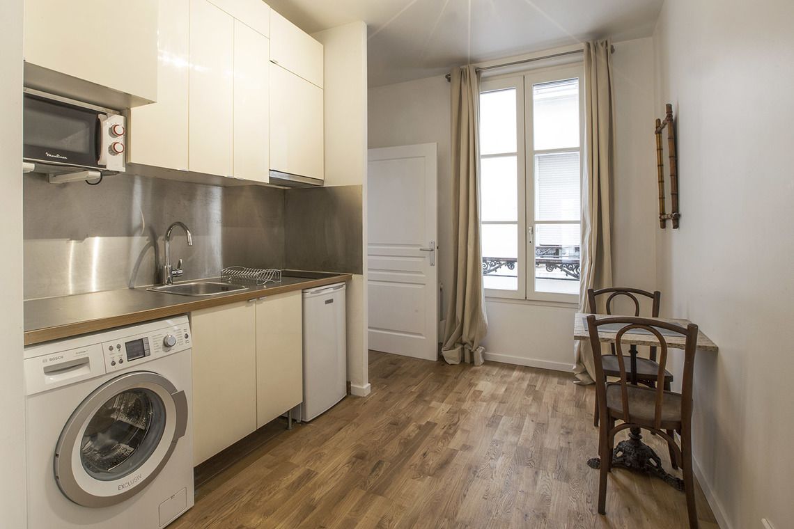 Apartment Paris Avenue de Wagram 3