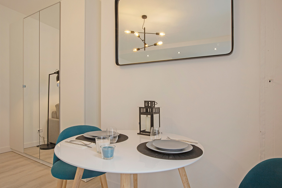 Apartment Paris Rue Saint Maur 4