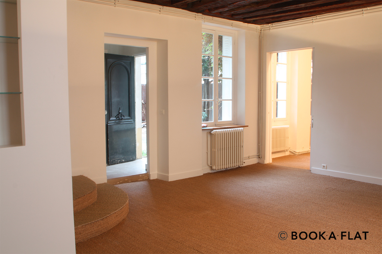 Furnished apartment for rent Paris Rue Amyot