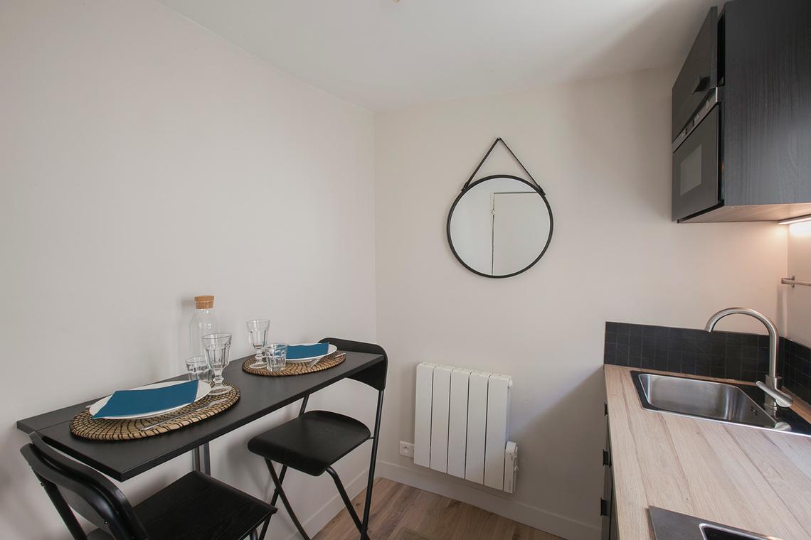Studio For Rent Avenue D Eylau Paris Ref 14985