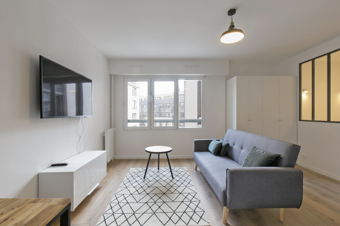 Apartment Paris Rue Championnet 2