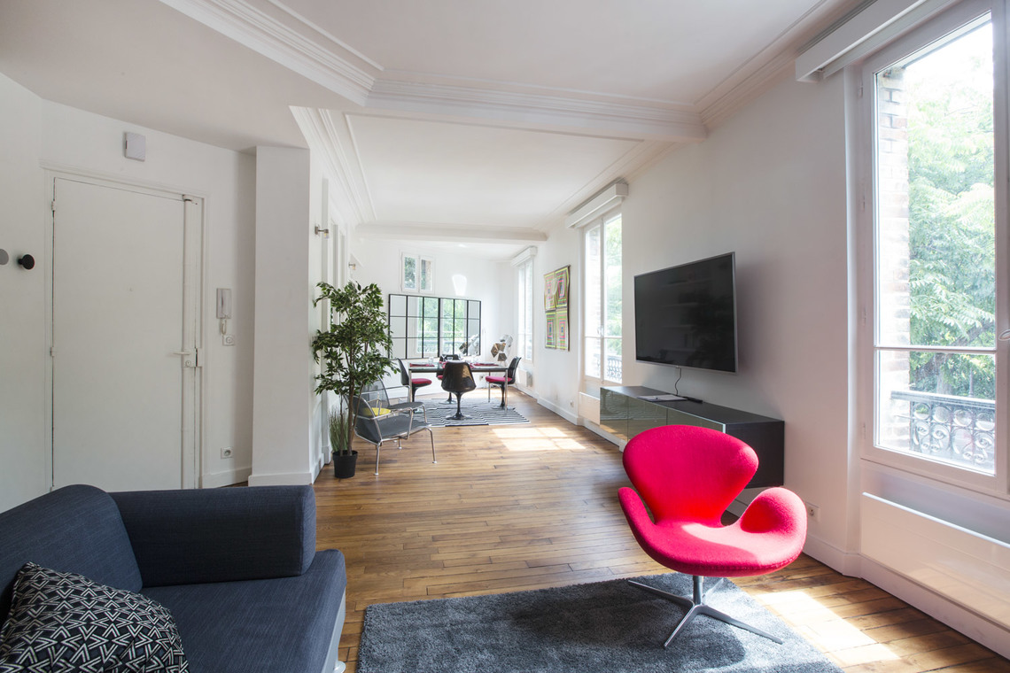 Apartment Paris Boulevard Henri IV 3