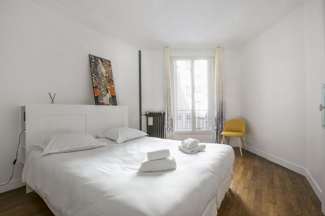 Apartment Paris Rue Charles Fourier 9