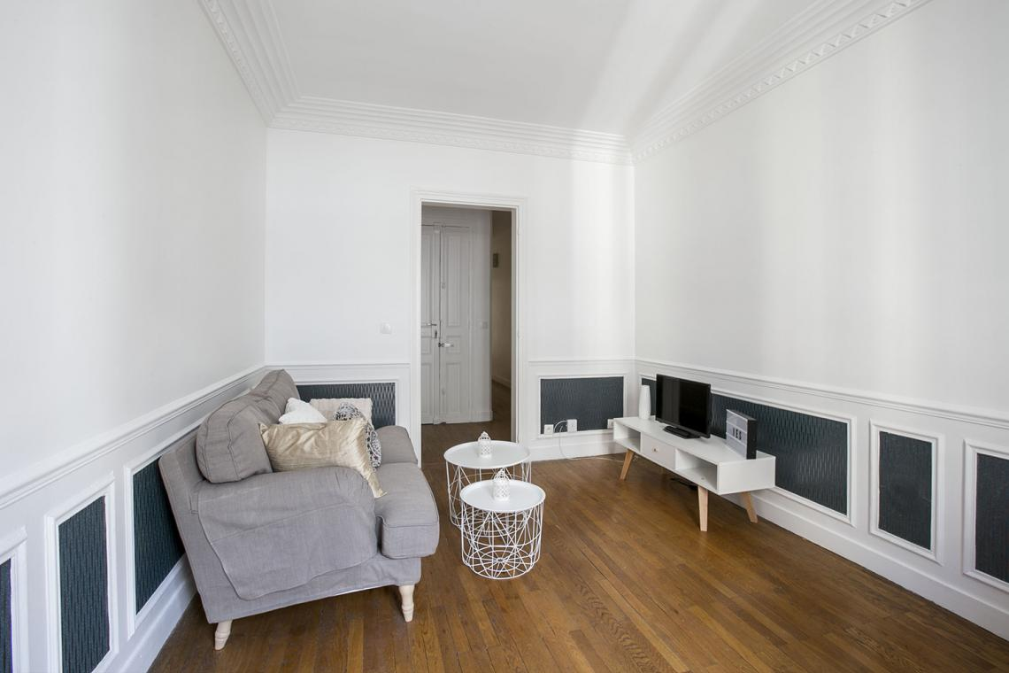 Apartment Paris Rue Charles Fourier 2