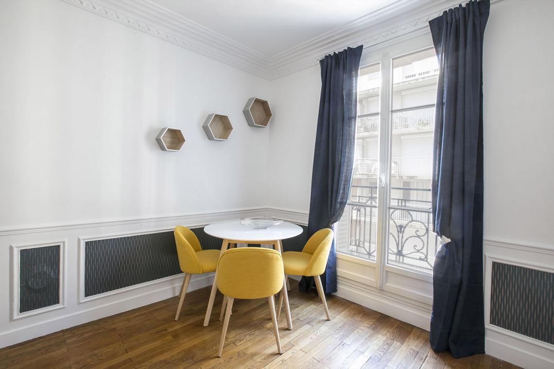 Apartment Paris Rue Charles Fourier 5