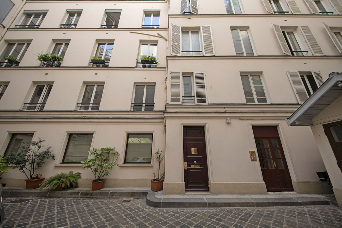 Apartment Paris Rue d'Artois 14