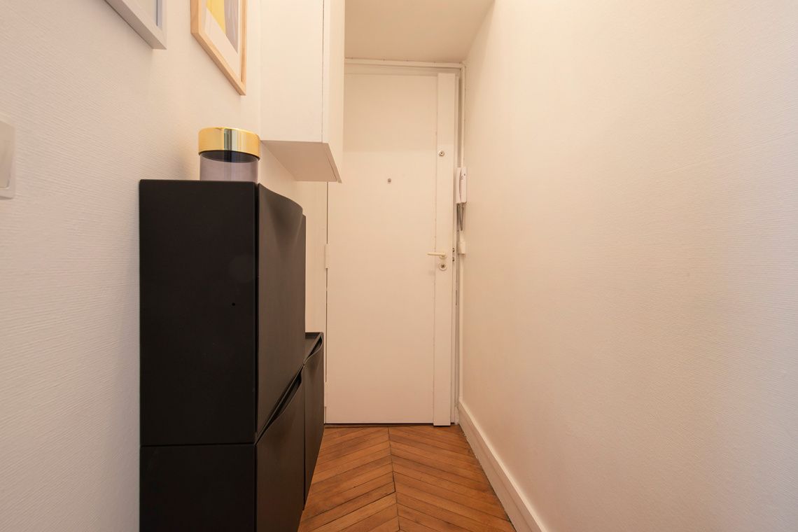 Apartment Paris Rue d'Artois 12