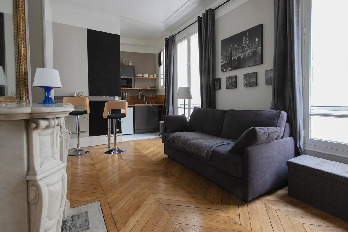Paris Rue d'Artois Apartment for rent