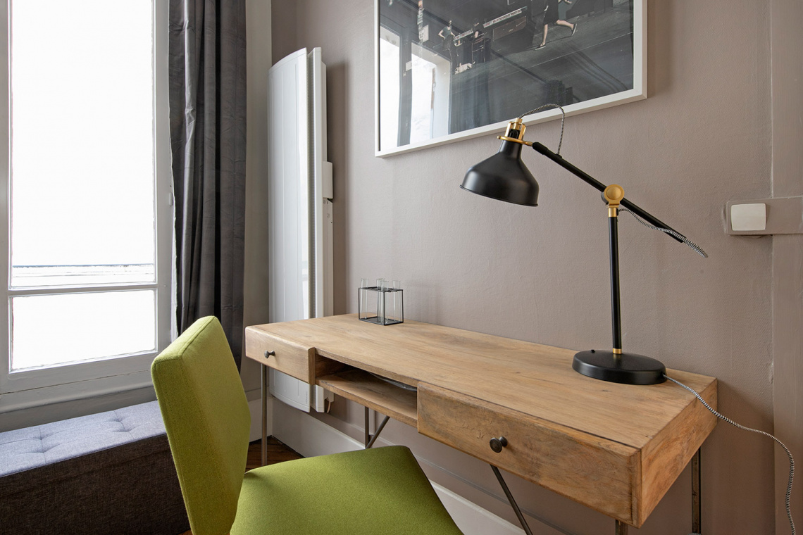 Apartment Paris Rue d'Artois 4