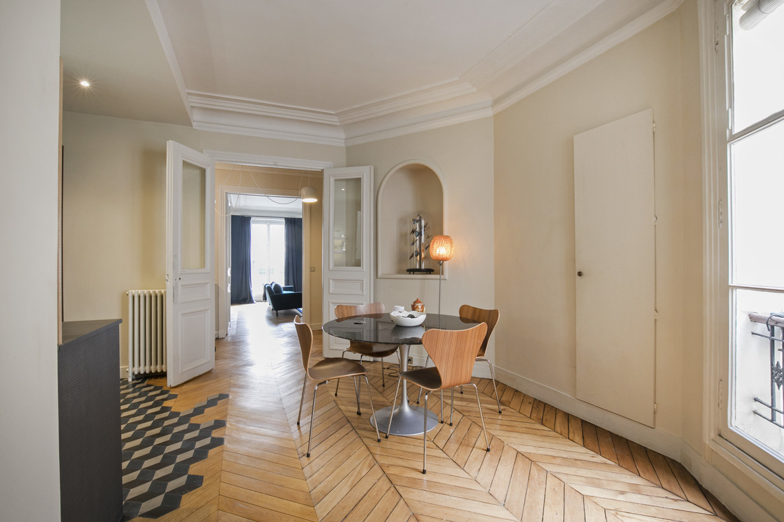 Apartment Paris Rue de Turbigo 7