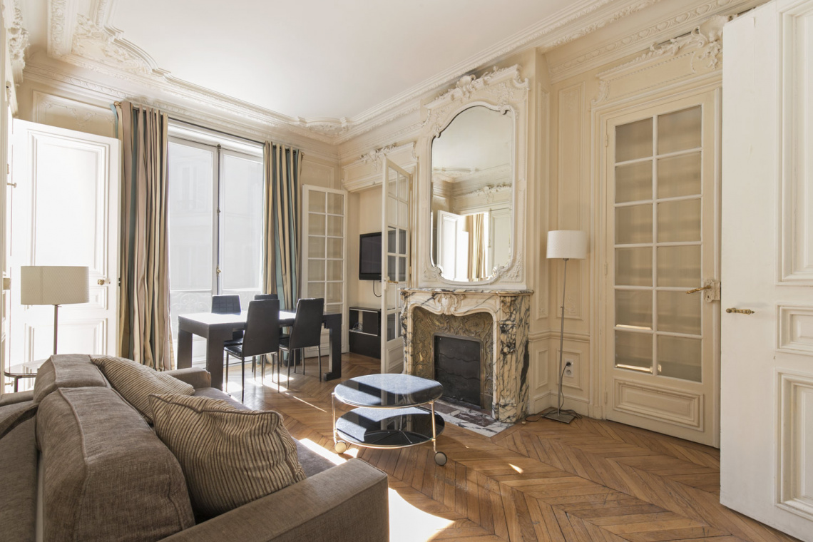 Paris Rue de Ponthieu (n°3) Apartment for rent