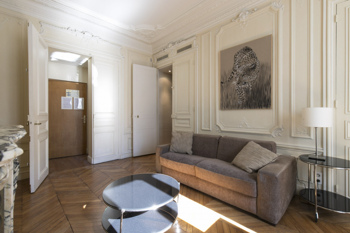 Apartment Paris Rue de Ponthieu (n°3) 3