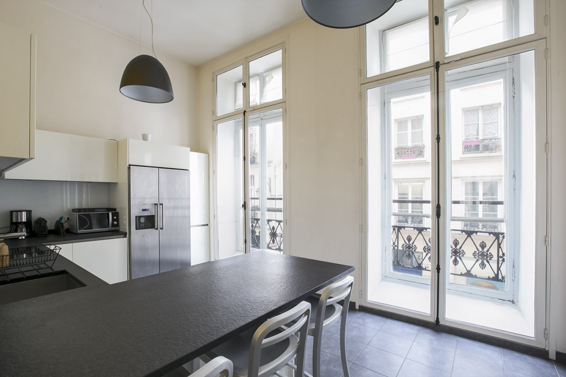 Apartment Paris Rue Pastourelle 7