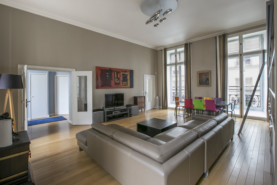 Apartment Paris Rue Pastourelle 5