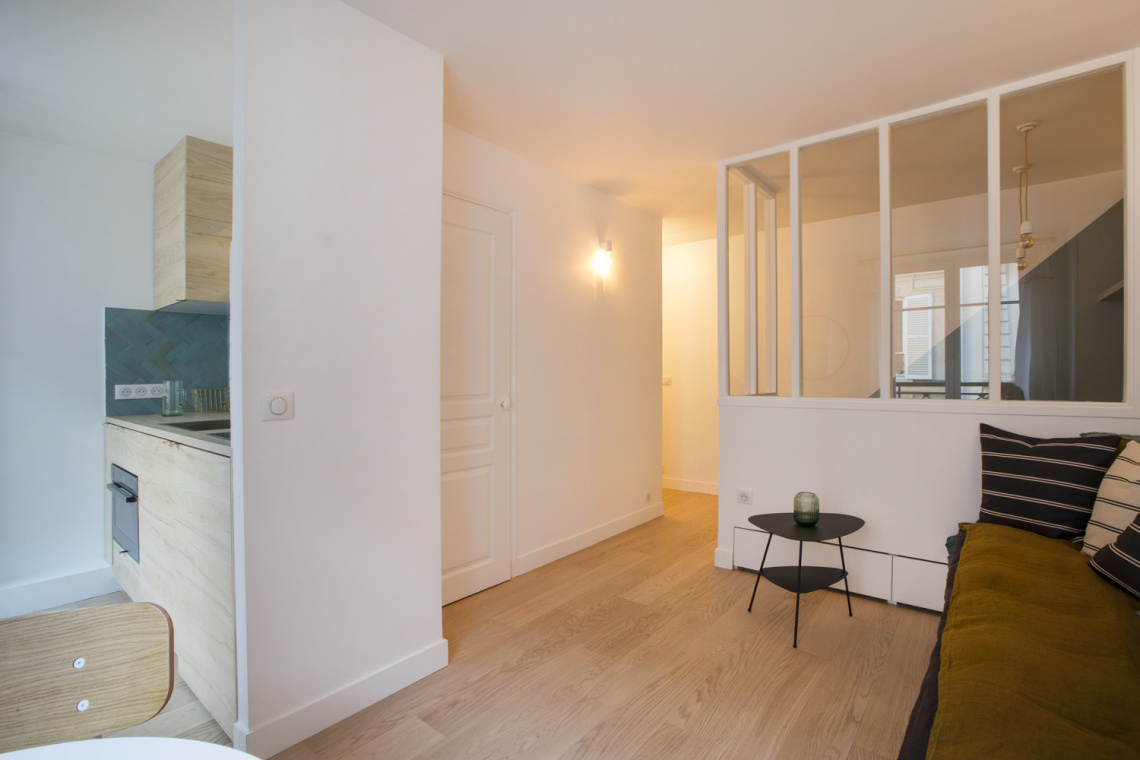 Apartment Paris Rue des Dames 3