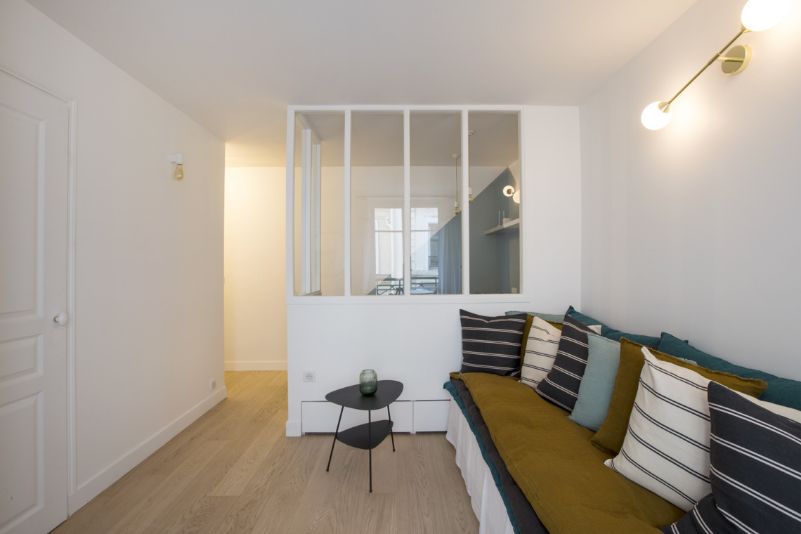 Apartment Paris Rue des Dames 2