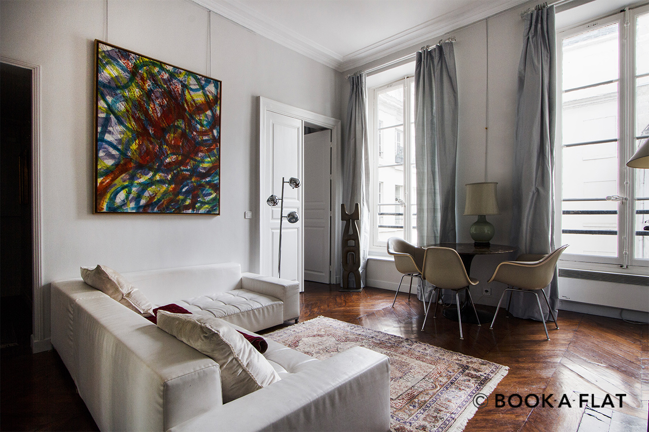Paris Quai Voltaire Apartment for rent