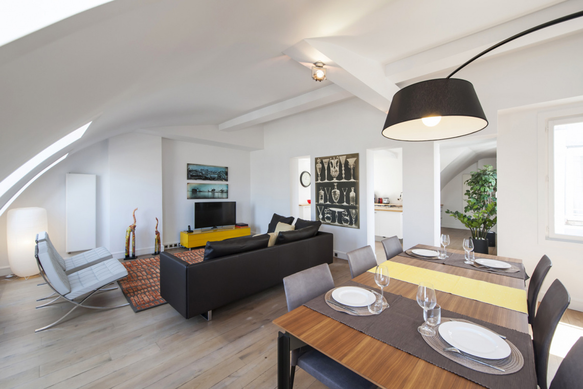 Paris Rue de Rennes Apartment for rent