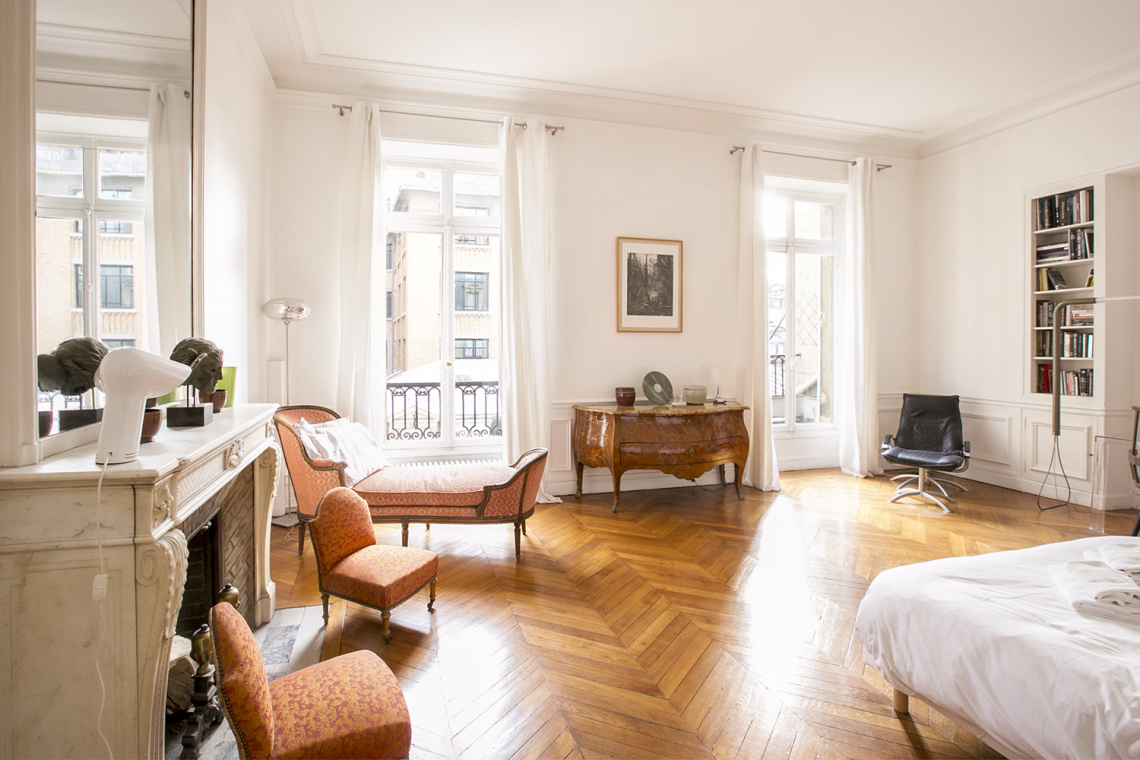 Apartment Paris Rue de la Baume 10
