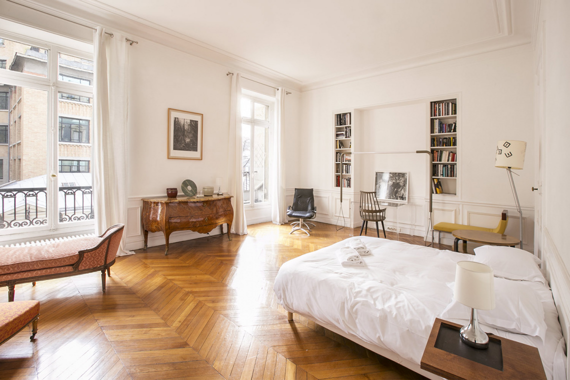 Apartment Paris Rue de la Baume 9