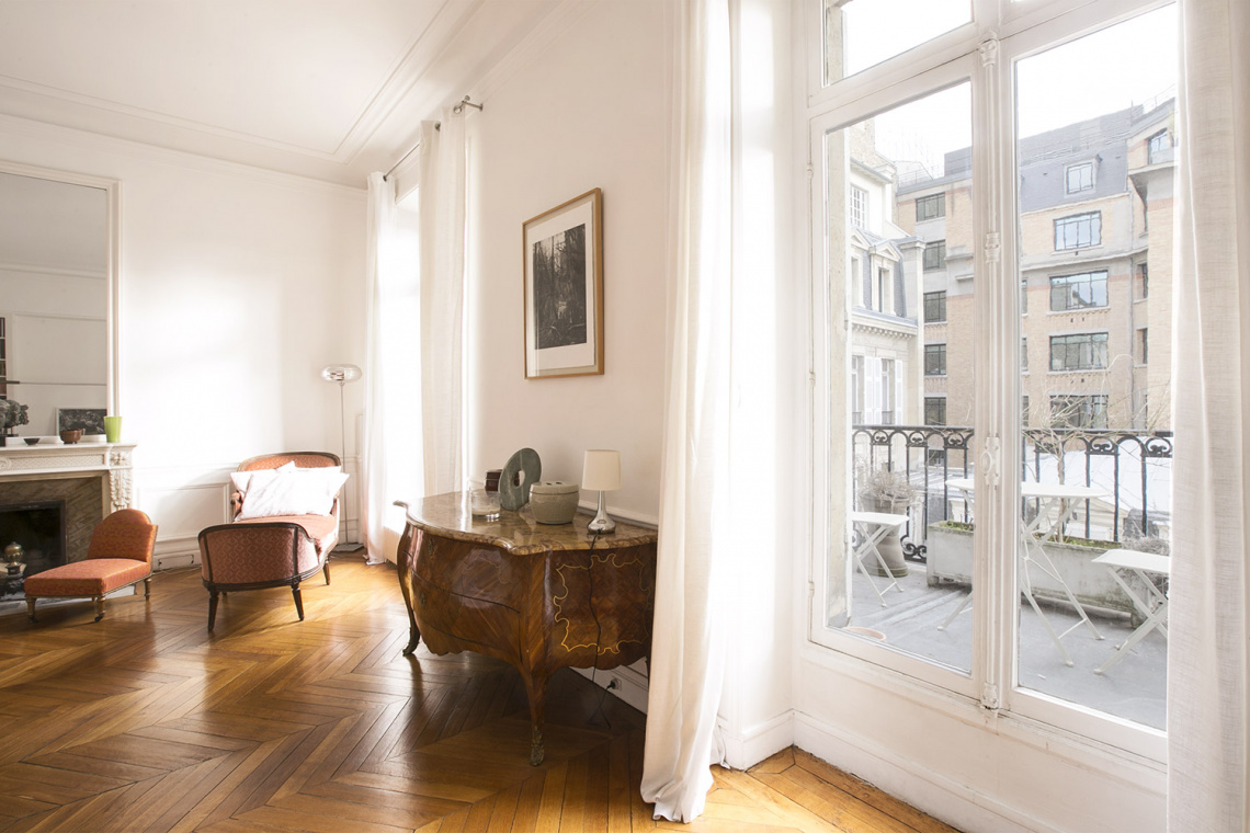 Apartment Paris Rue de la Baume 13