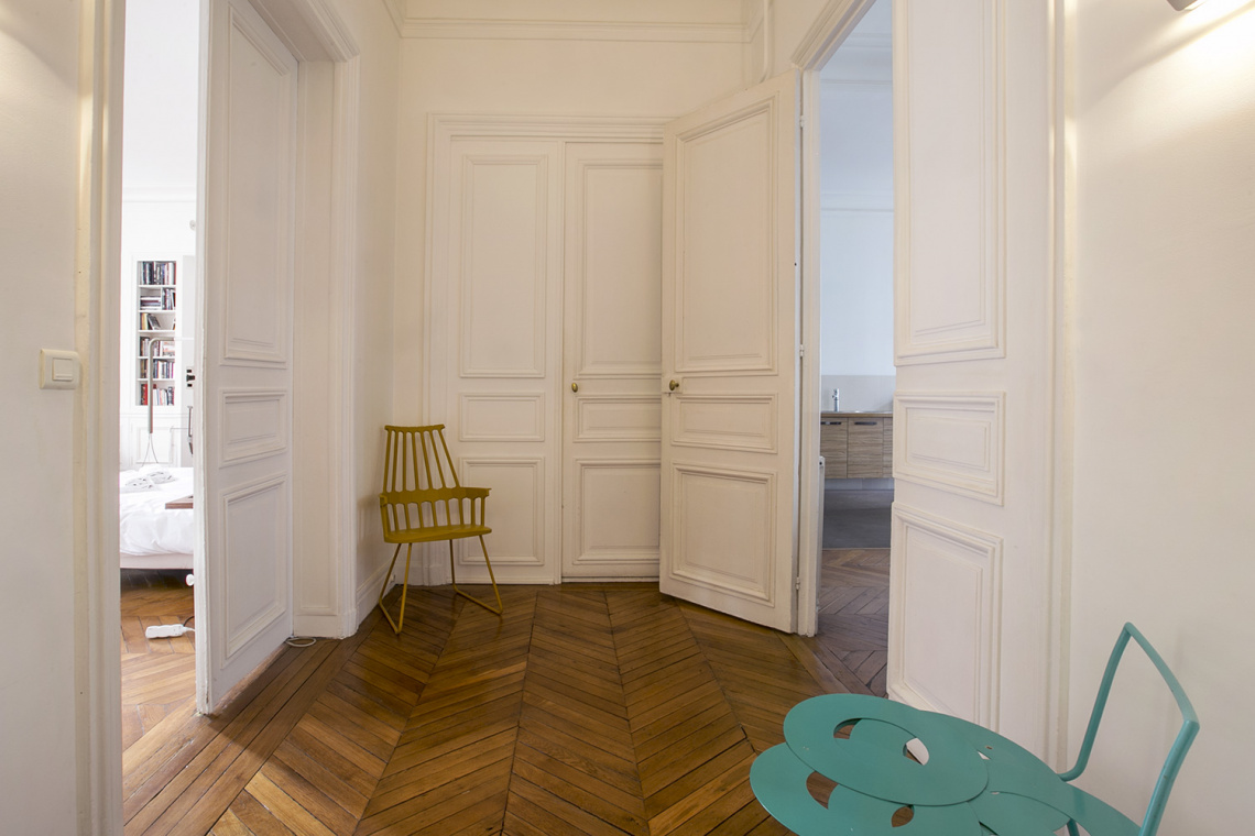 Apartment Paris Rue de la Baume 8