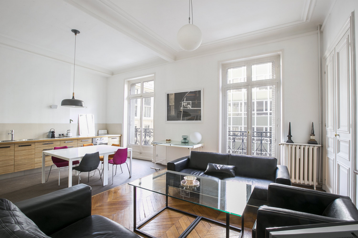 Furnished apartment for rent Paris Rue de la Baume