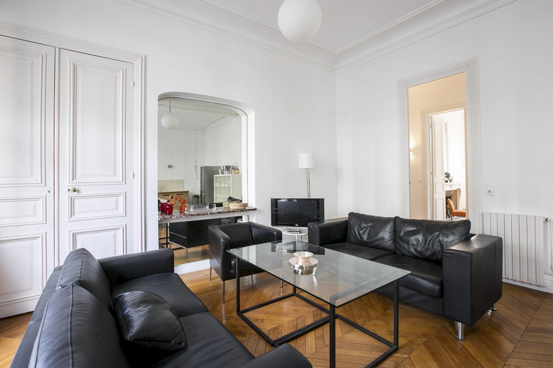 Paris Rue de la Baume Apartment for rent