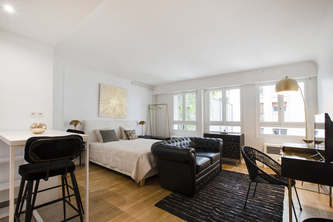 Furnished apartment for rent Paris Avenue de New York