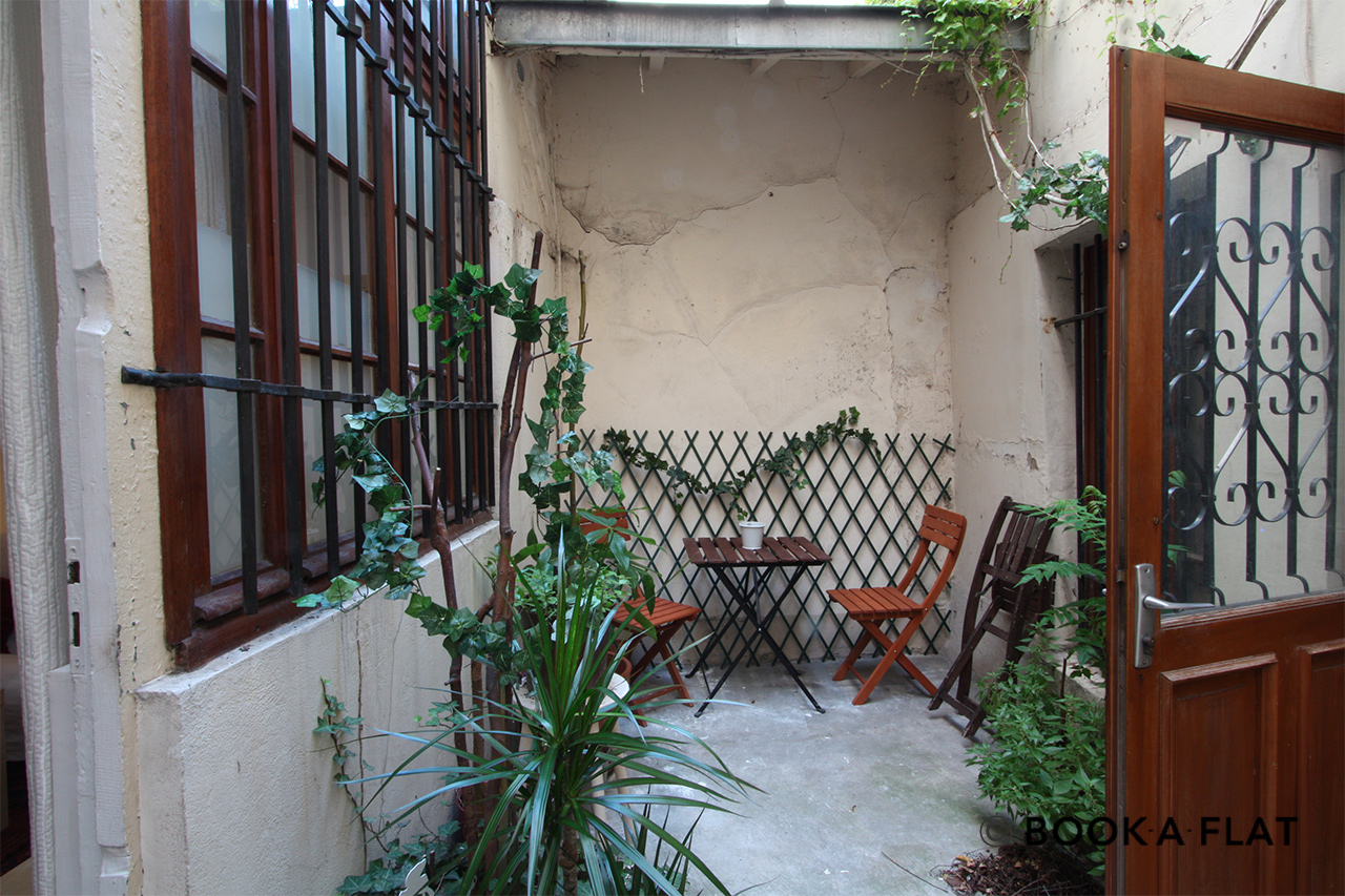 Apartment Paris Rue Saint Sauveur 9
