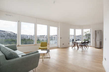 Tremendous Furnished 2 Bedrooms Apartment Book Your Paris Apartment Beutiful Home Inspiration Xortanetmahrainfo