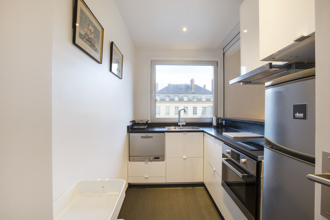 Apartment Paris Rue Masseran 5
