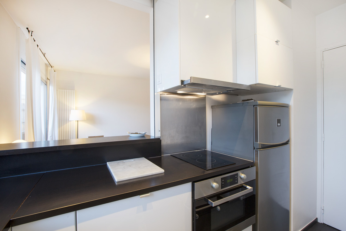 Apartment Paris Rue Masseran 4
