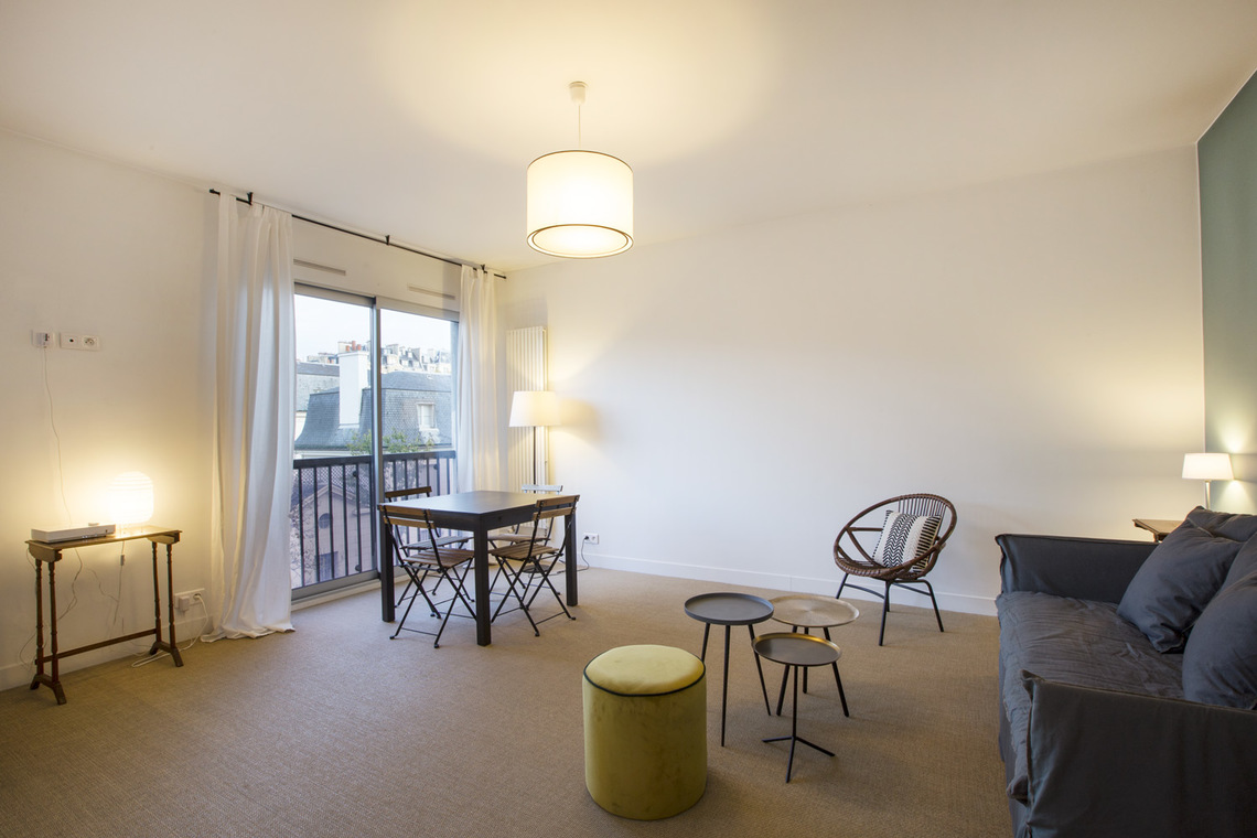 Apartment Paris Rue Masseran 2