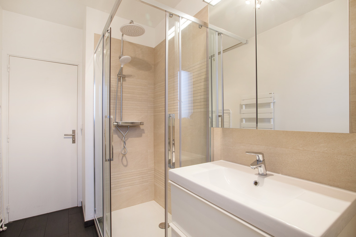 Apartment Paris Rue Masseran 7