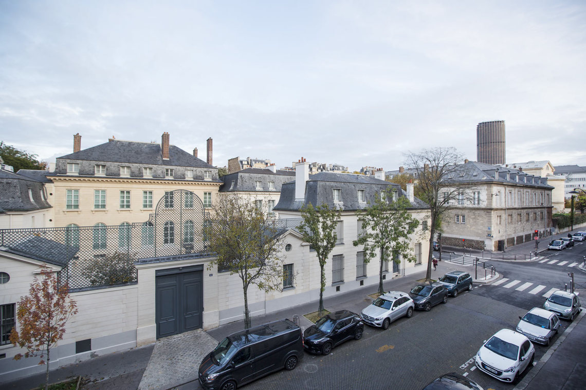 Apartment Paris Rue Masseran 8