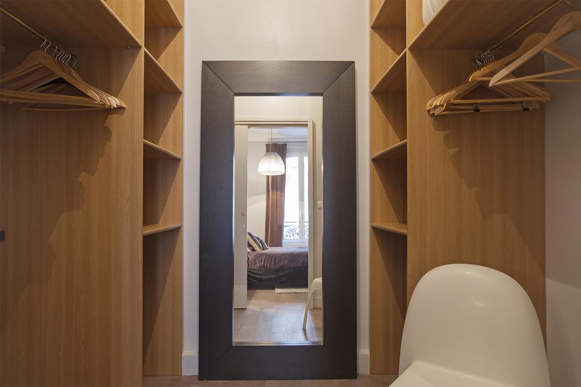 Location appartement meubl rue d 39 anjou paris ref 1951 for Location d appartement meuble a paris