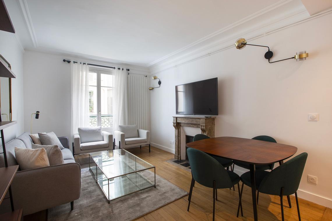 Location appartement meubl de 63 m2 boulevard du - Location chambre de bonne paris 16 ...