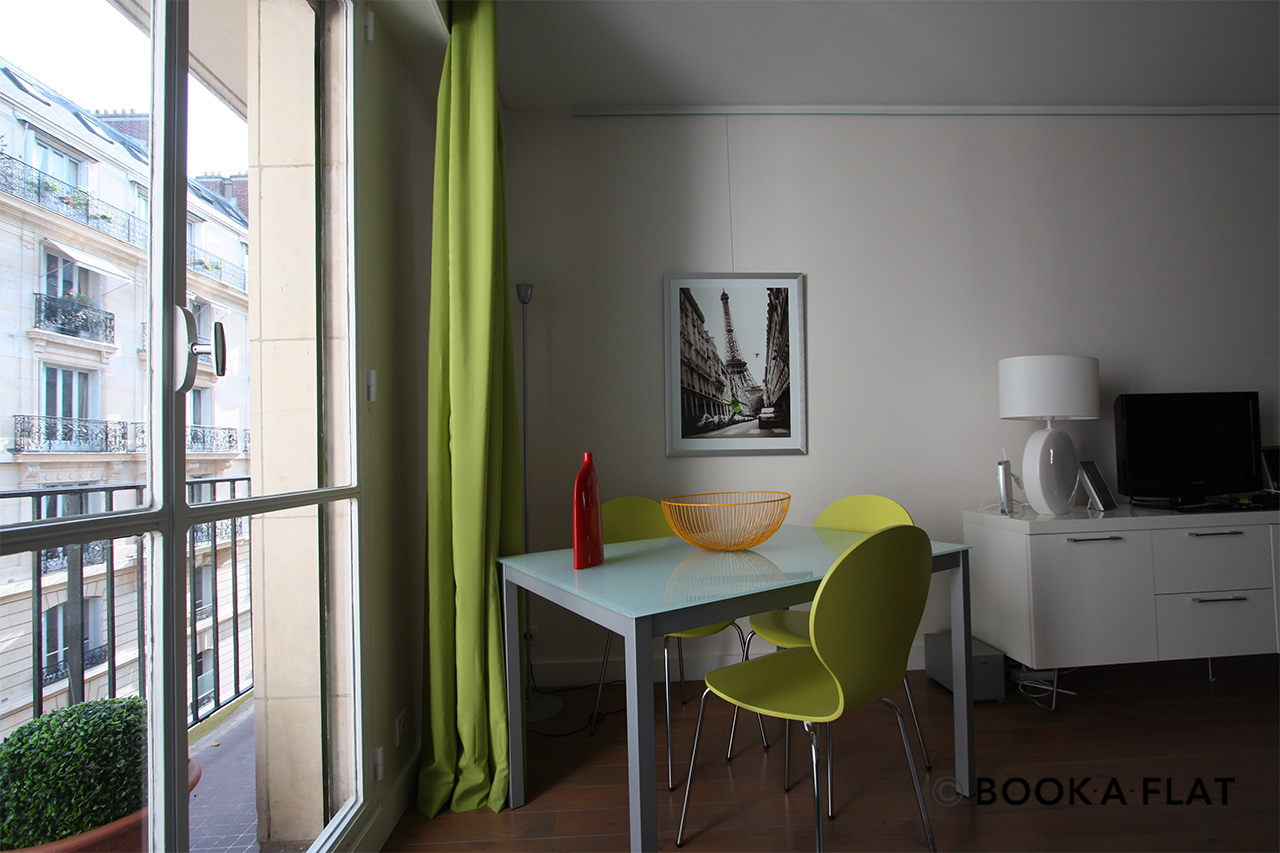 Paris Rue Scheffer Apartment for rent