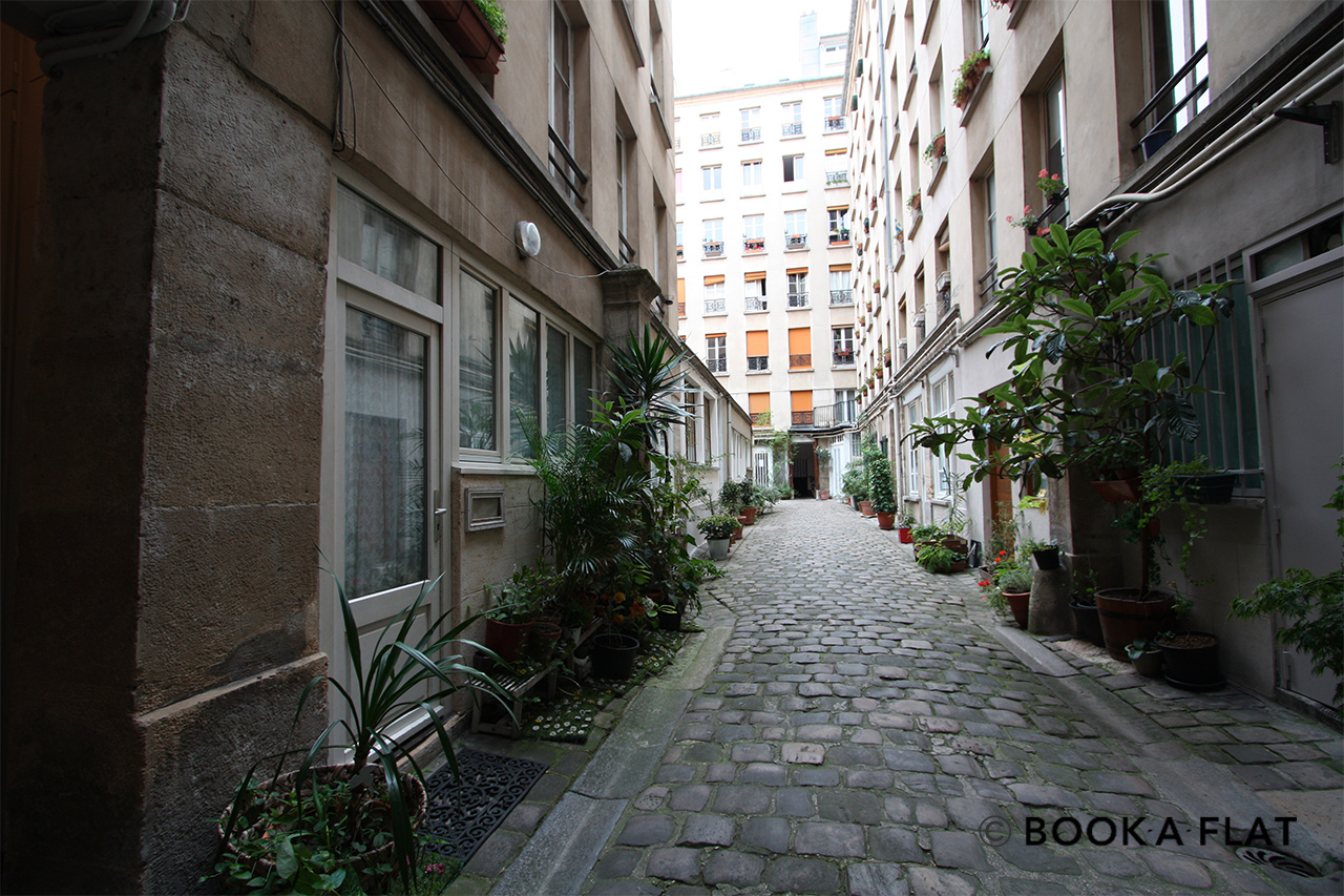 Квартира Paris Rue Greneta 10