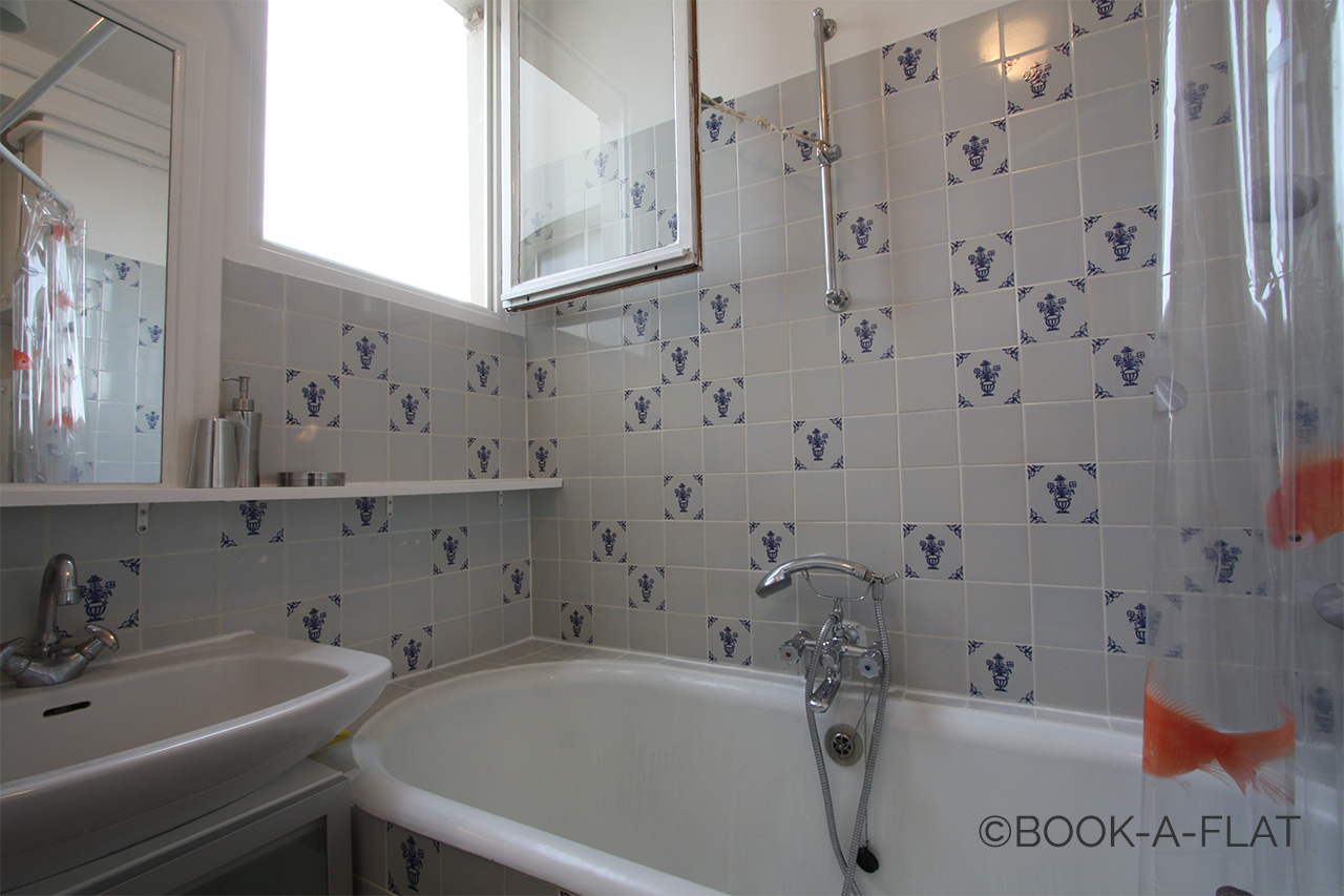 studio for rent rue jean jacques rousseau paris ref  apartment paris rue jean jacques rousseau 7