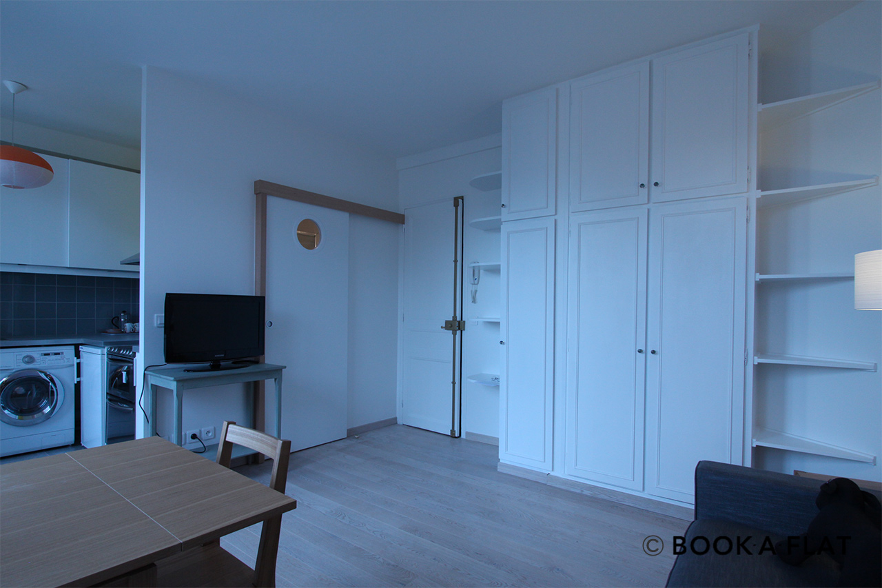 Appartement Paris Rue du Dobropol 4