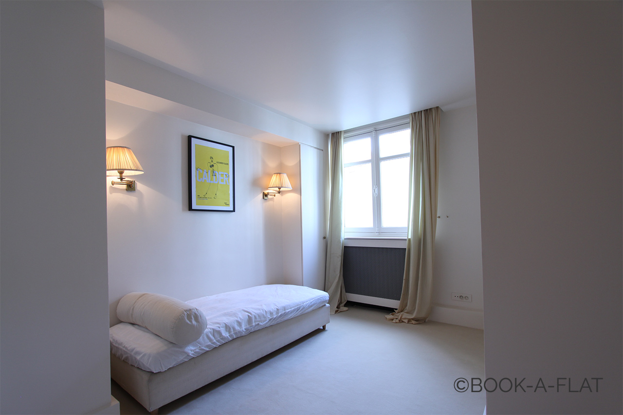 Appartement Paris Rue Alasseur 12
