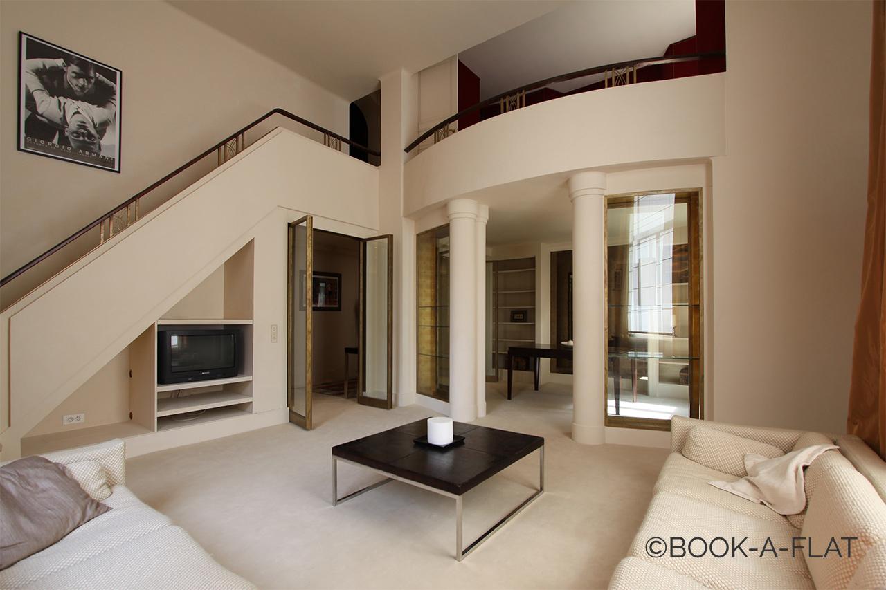 Location Appartement Meuble De 95 M2 Rue Alasseur A Paris