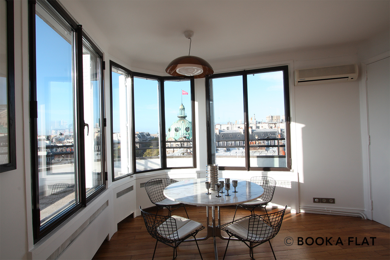 Apartment Paris Rue du Helder 2