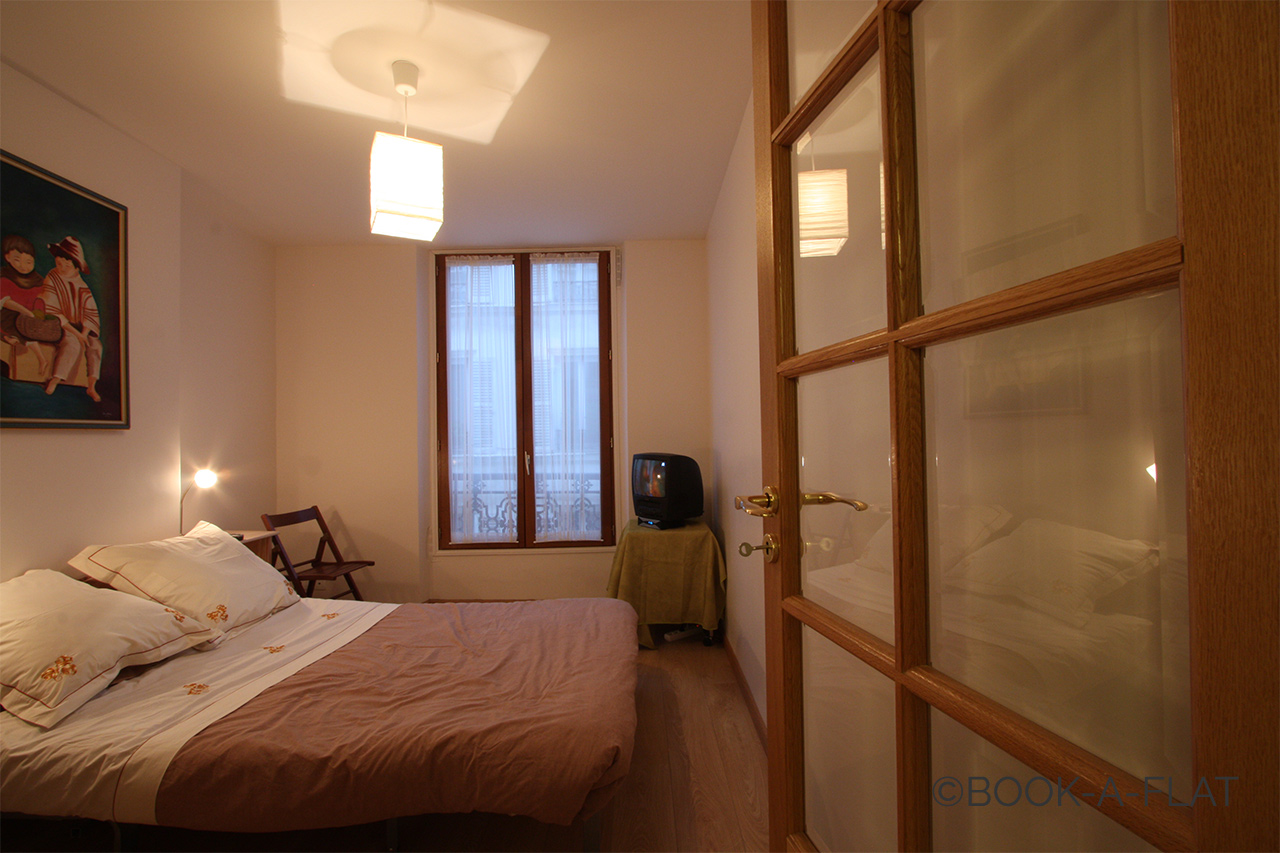 Apartment Paris Rue Clouet 8