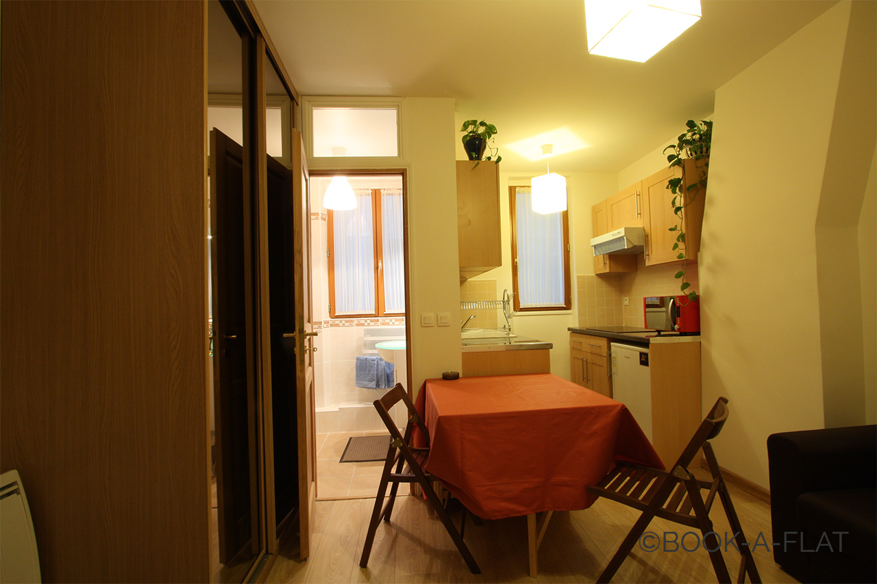 Apartment Paris Rue Clouet 4