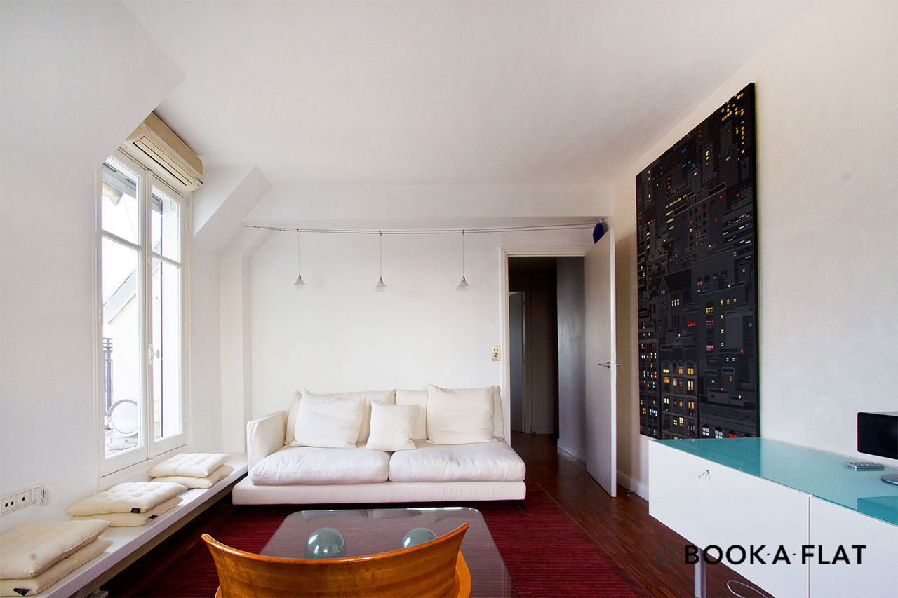 Furnished apartment for rent Paris Rond Point des Champs Elysées